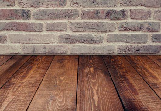 6 trucos para cuidar y mantener los suelos de parquet como el primer día
